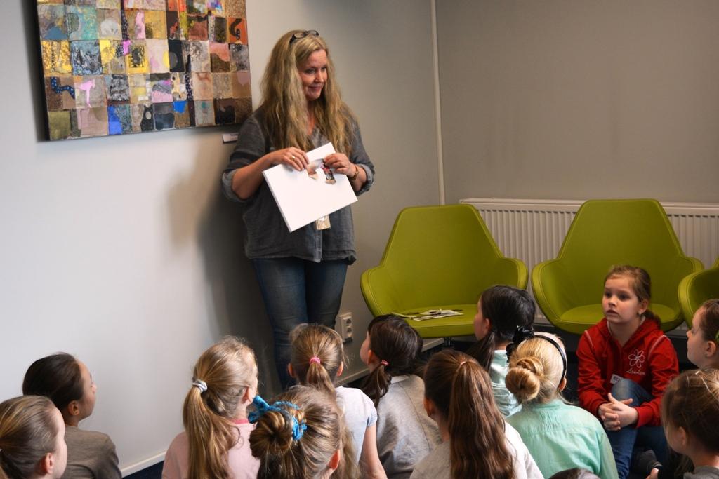 Ilustracja do informacji: Spotkanie z norweską artystką