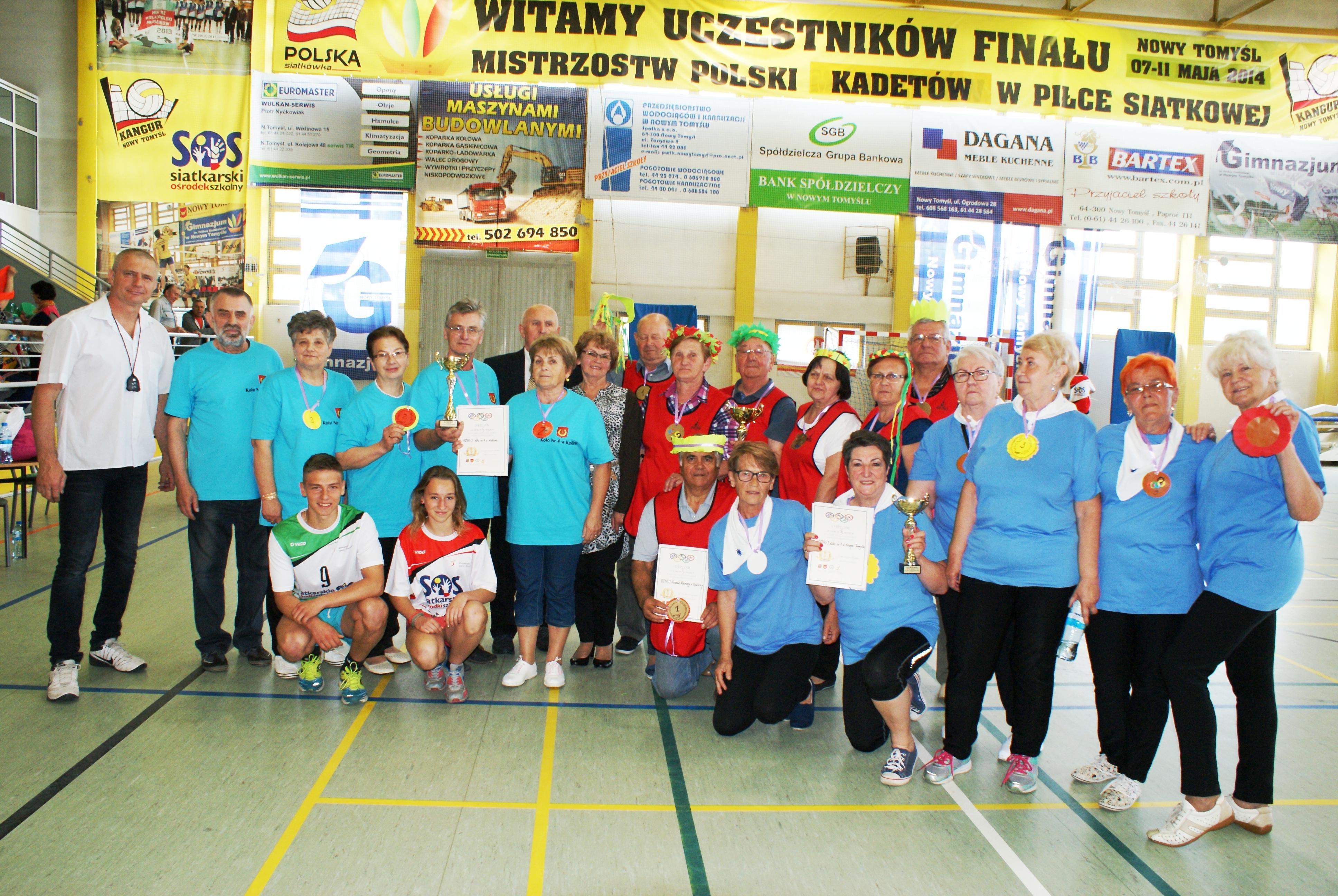 Ilustracja do informacji: Sportowa rywalizacja seniorów