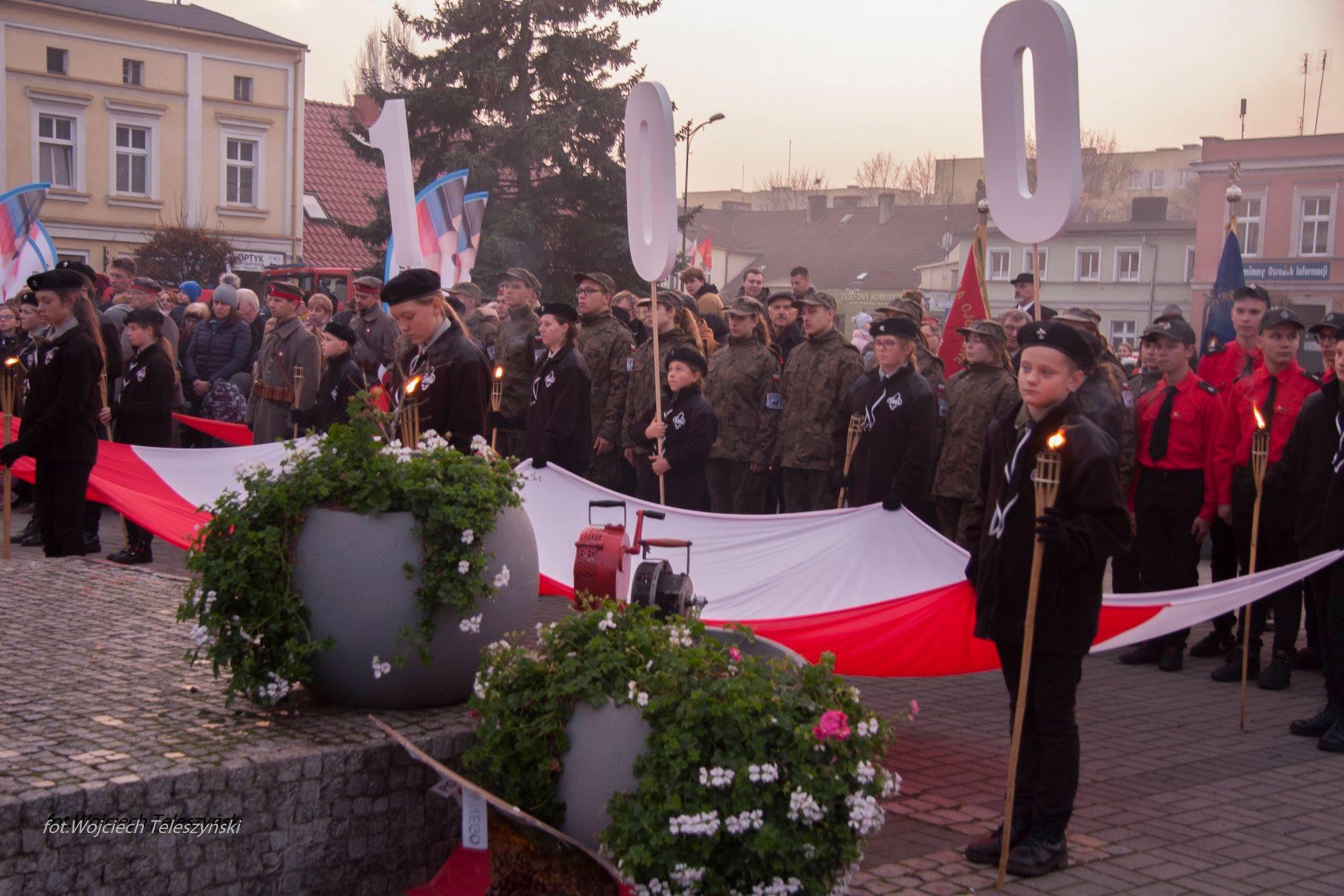 Ilustracja do informacji: Nowotomyskie obchody 100 rocznicy odzyskania przez Polskę niepodległości