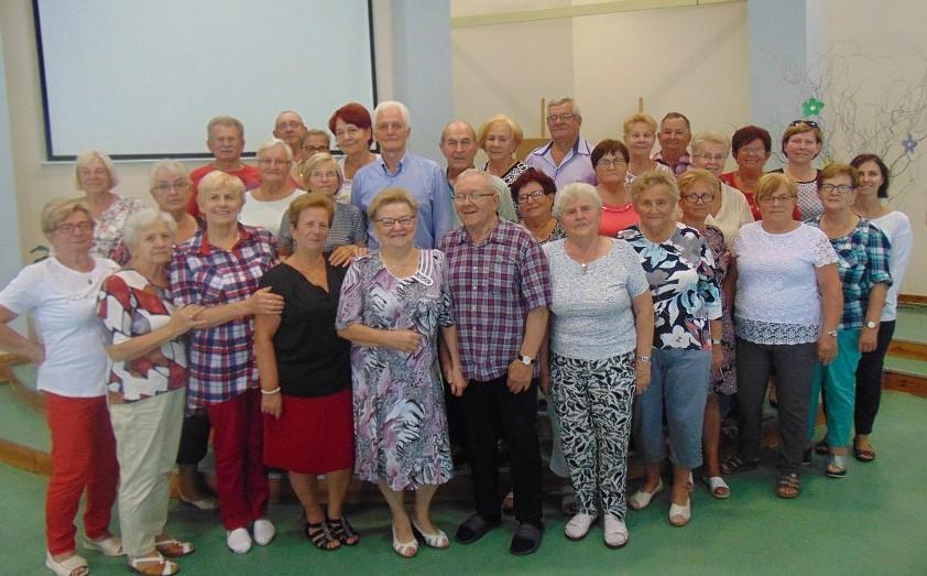 Ilustracja do informacji: Letnie turnusy dla seniorów