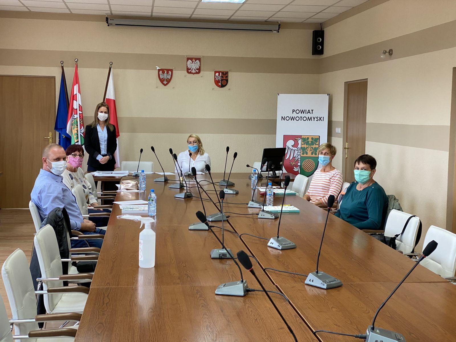 Ilustracja do informacji: Posiedzenie Powiatowej Społecznej Rady do Spraw Osób Niepełnosprawnych