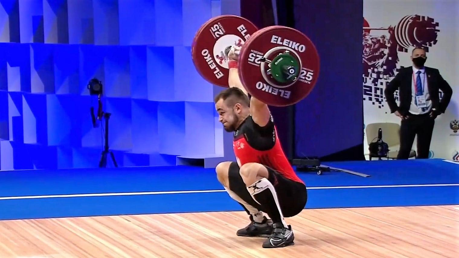 Ilustracja do informacji: Piotr Kudłaszyk z wynikiem 316 kg w dwuboju