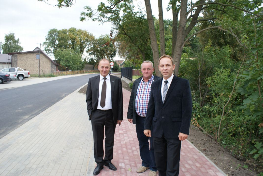 Ilustracja do informacji: Drogowa inwestycja we Lwówku zakończona